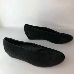 Soft Surroundings Black Leather Flat Size 8.5